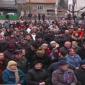 На събранието присъстваха над 200 местни жители